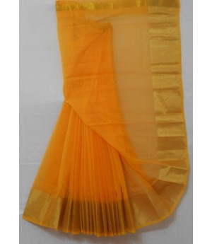 Kolam Pattu Plain Square Check Saree With Wide Zari Brocade